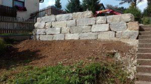 Muschelkalk Hangbefestigung Mauer