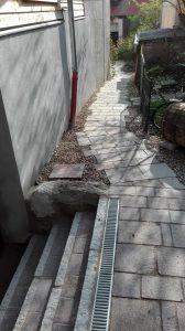 Steinweg Garten auslaufend